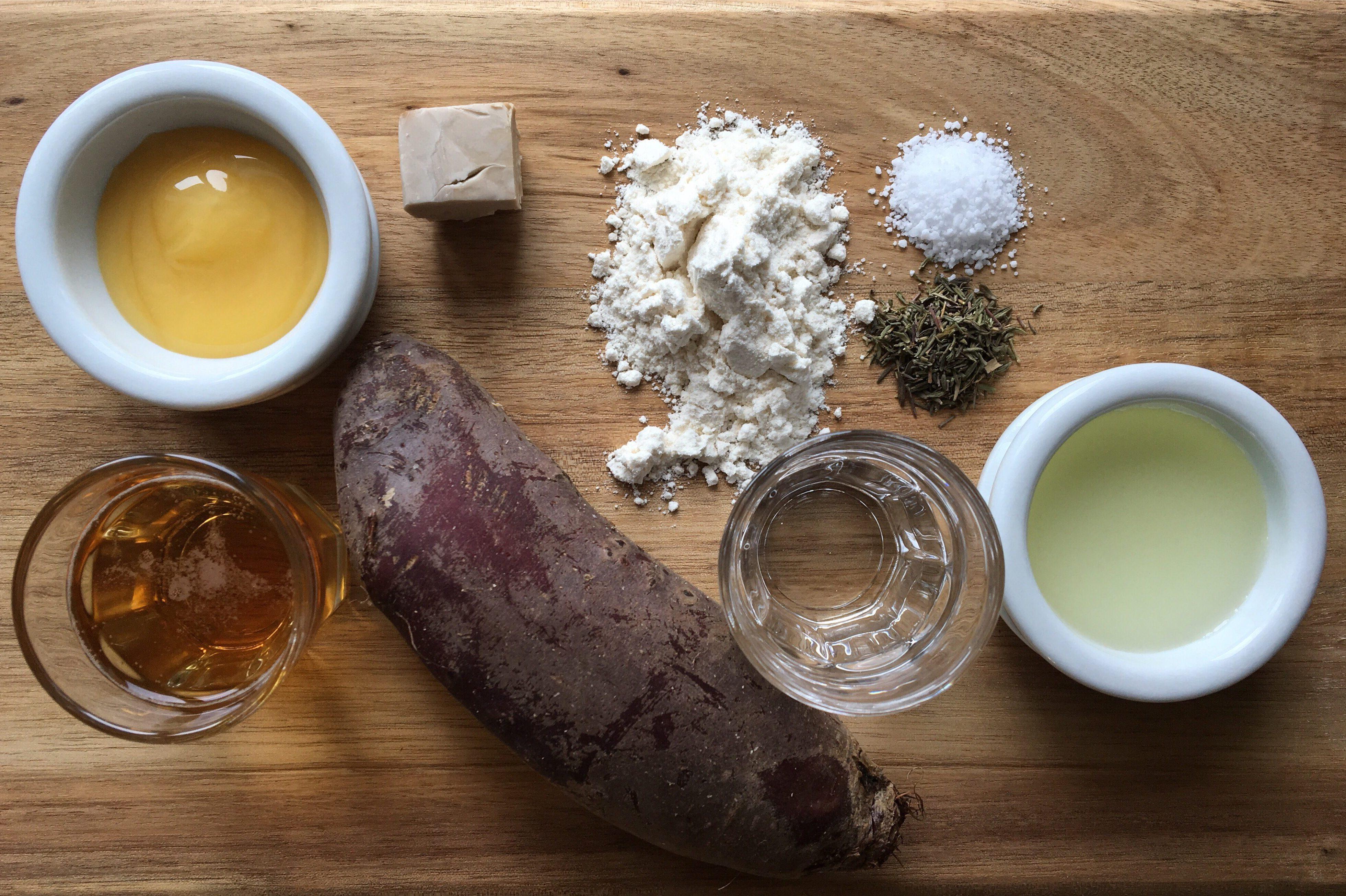 Ingredienser - Rødbedebrød