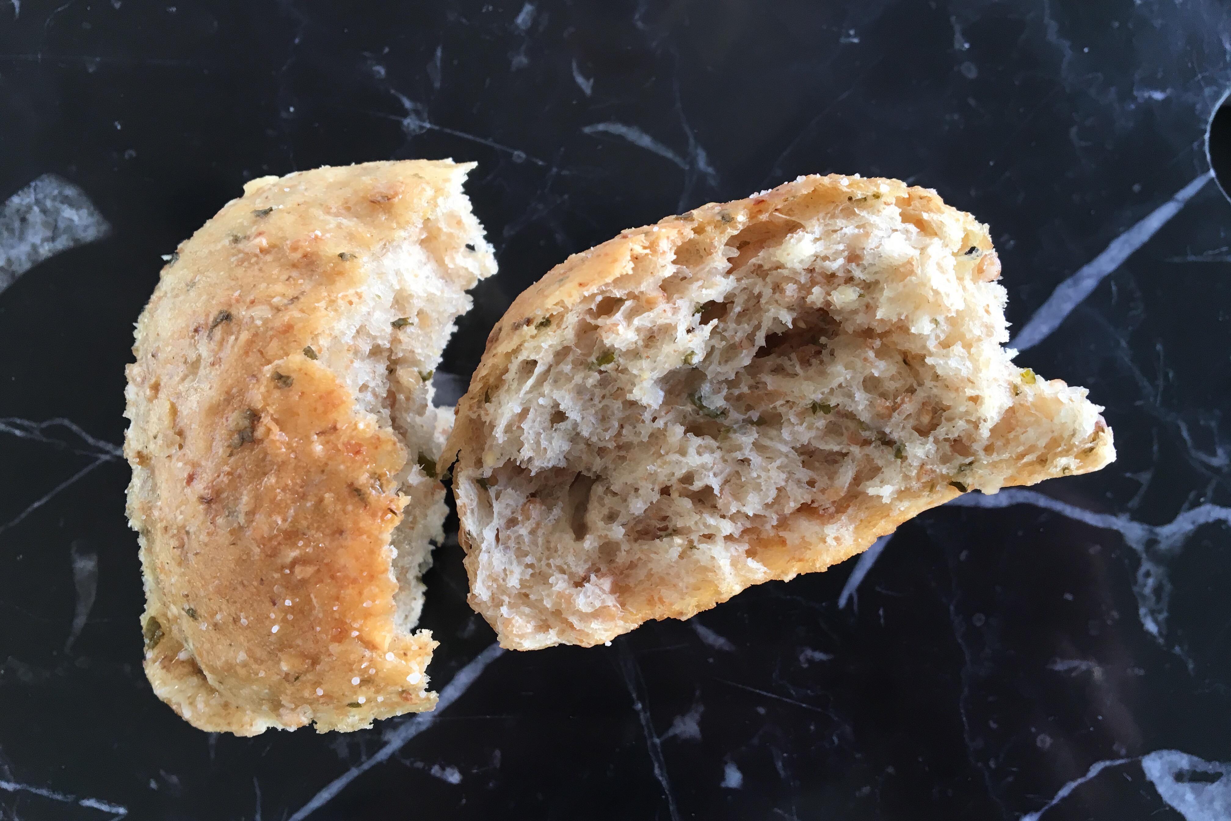 Brydebrød med skvalderkål