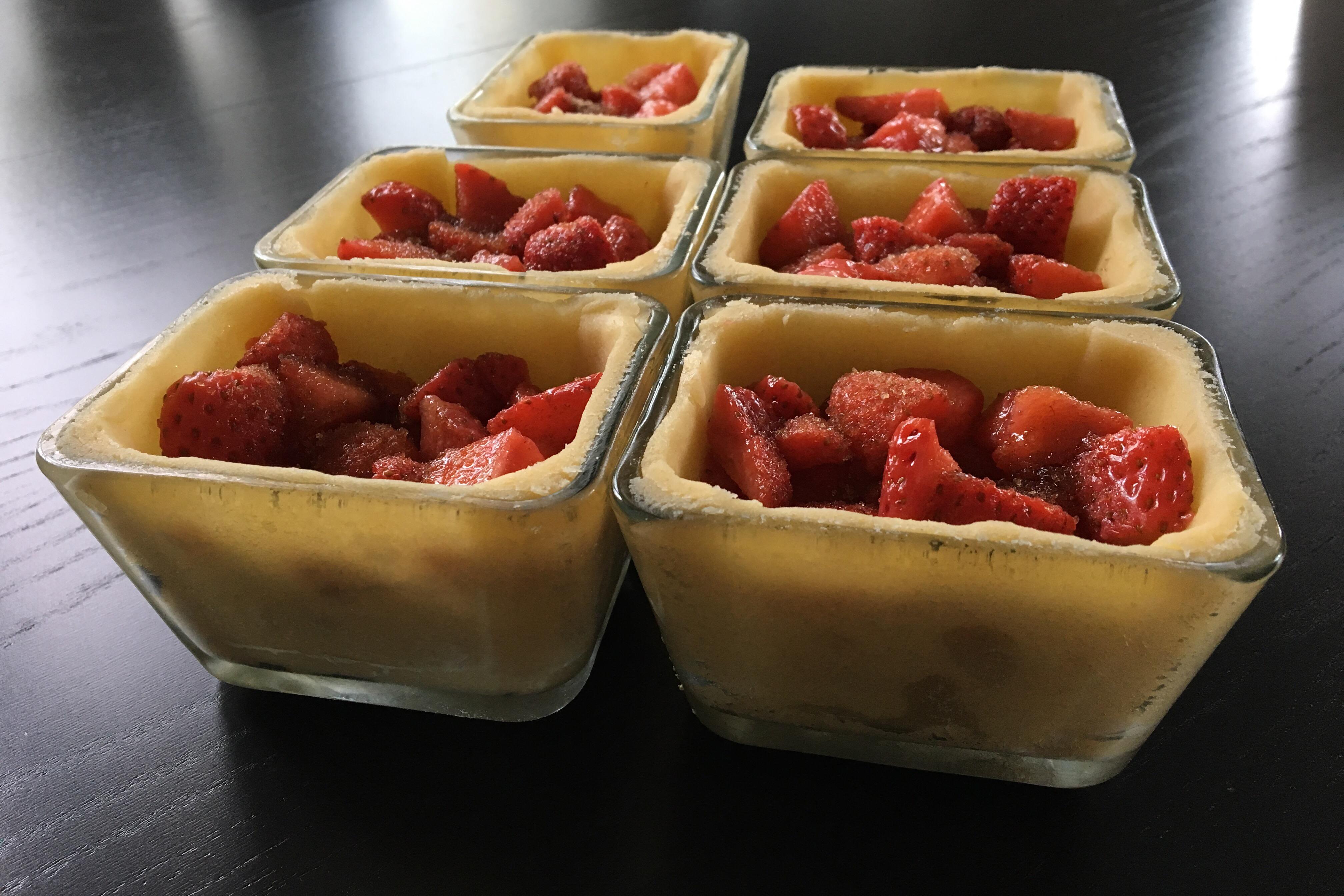 Tærte med marinerede jordbær