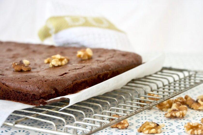 Færdigbagt brownie med valnødder Bagvrk.dk