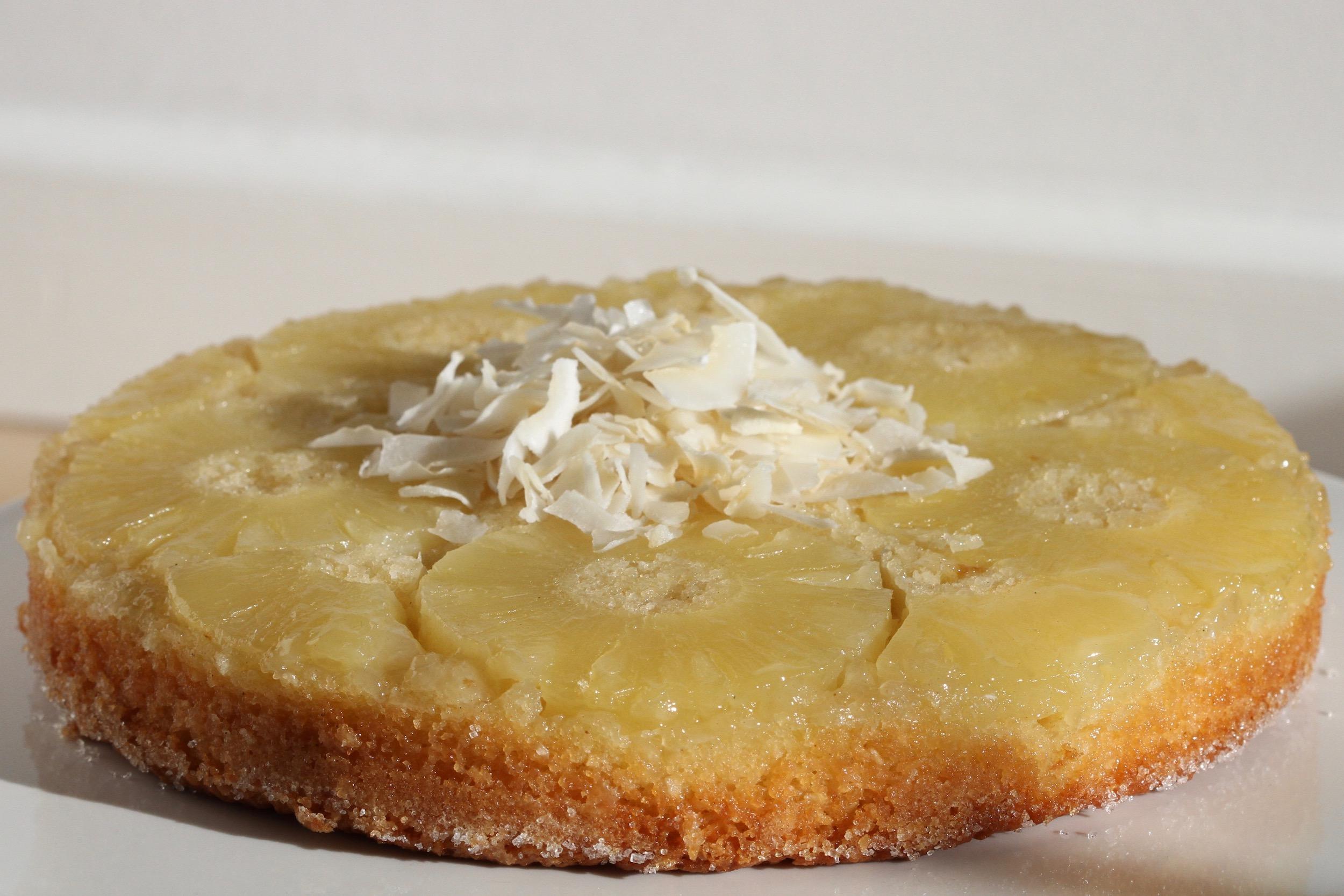 Kokos-ananas upside-down kage = Piña colada;-)