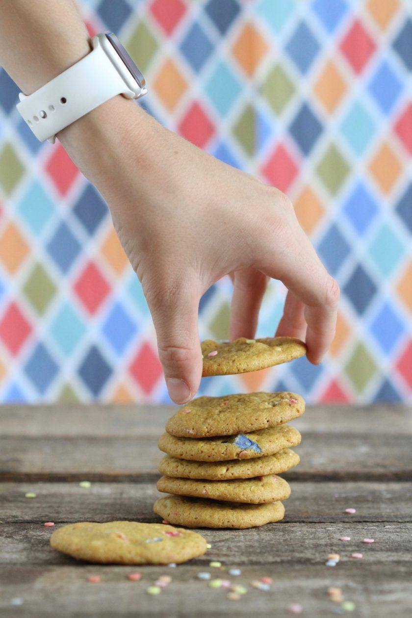 Carletti Konfetti Mix cookies. En supernem opskrift fra Bagvrk.dk.