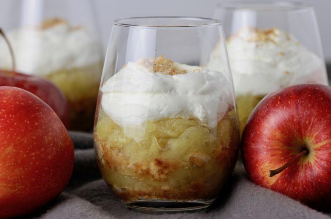 Gammeldags æblekage. En klassiker fra Bagvrk.dk.