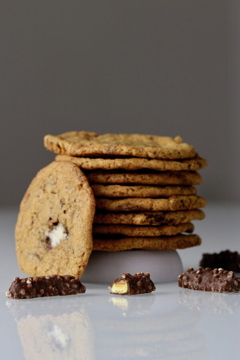 Cookies med skumbananer knas og karamel højformat Bagvrk.dk