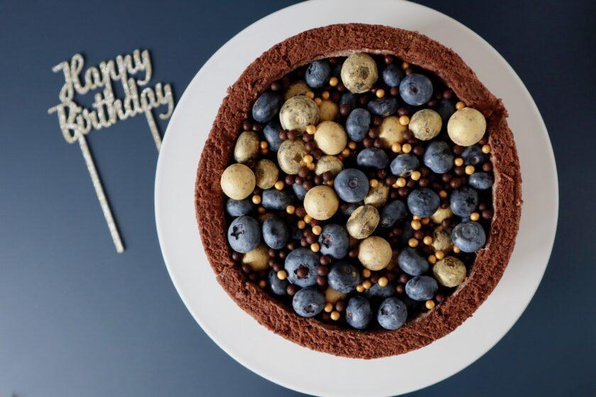 Death by chocolate set oppefra - en fødselsdagskage fra Bagvrk.dk