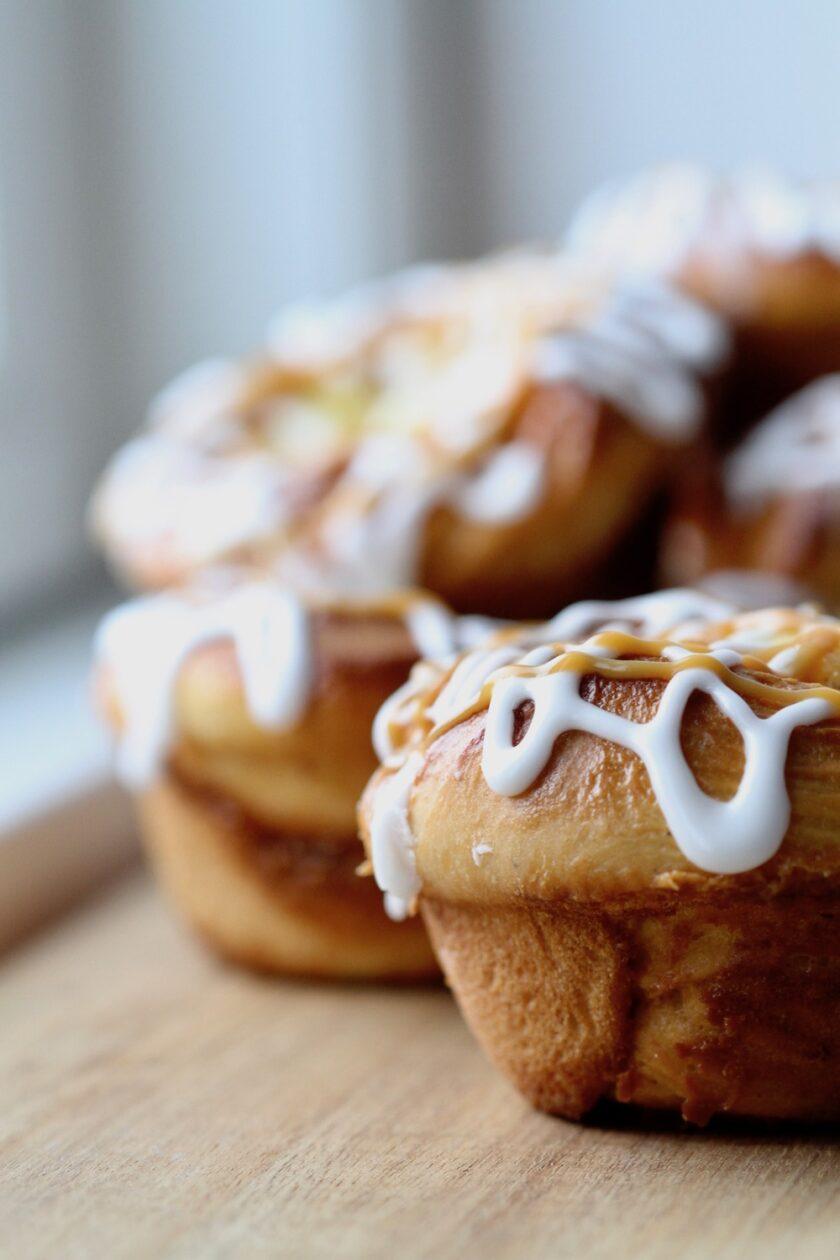 Karamelsnegle med vanillecreme Bagvrk.dk