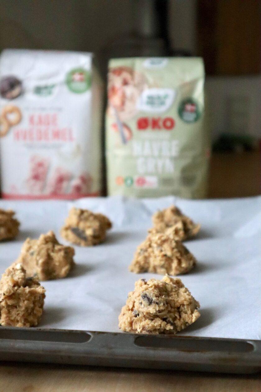 Havregryn cookies klar til ovnen Bagvrk.dk